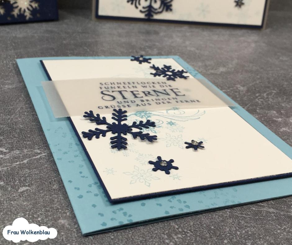 Weihnachstkarten-mit-Schneeflocken-babyblau-Detail
